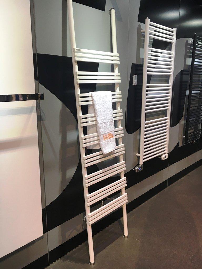 Instamat Iskol radiator 50x210 wandmontage met flexibele aansluitslangen wit