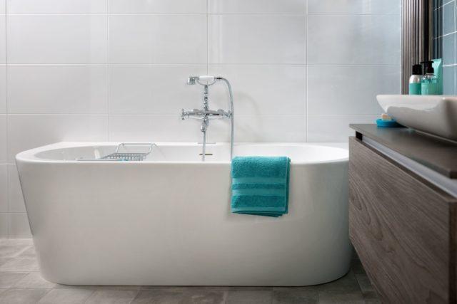 Sanitair Putten bad badkamer